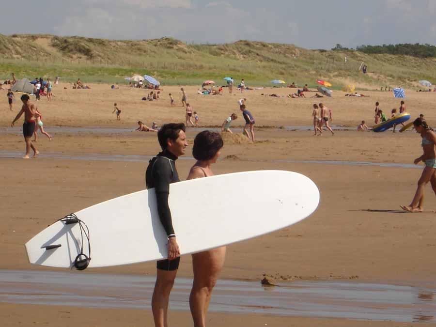 Surf à la plage des Conches